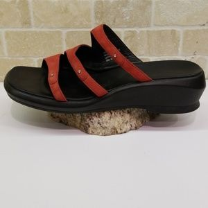 Shoes - Clark's Red Suede 3 Strap Wedge Sandal 8.5M